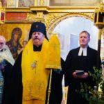 8 W poszukiwaniu tego co łączy od lewej ks. A. Łoś (prawosł), abp Abel (prawosł) ks. dekan B. Widmann